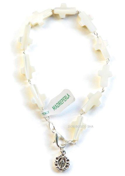 画像1: ロザリオブレスレット 白蝶貝 十字架型珠 (1)